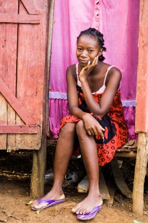 black girl: Malagasy junge Frau von Ethnizität Sakalava gebürtige Insel Nosy, nördlich von Madagaskar, Seien Sie auf 31. März 2008 Editorial