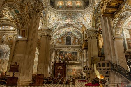 basilica santa maria maggiore in bergamo, Editorial