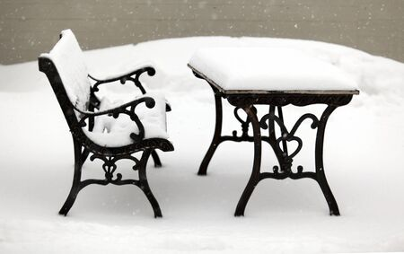 solitary bench full of snow Stock Photo - 12222995