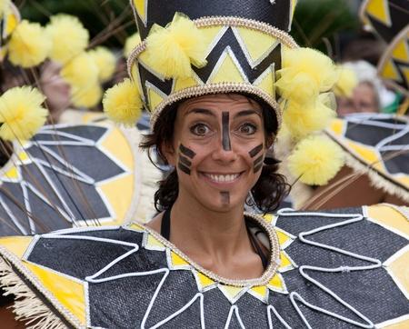 notting: Un artista en el 2009 Carnaval de Notting Hill, Londres, Inglaterra