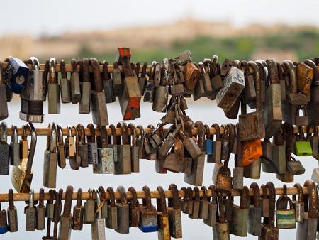 rusty love locks Reklamní fotografie