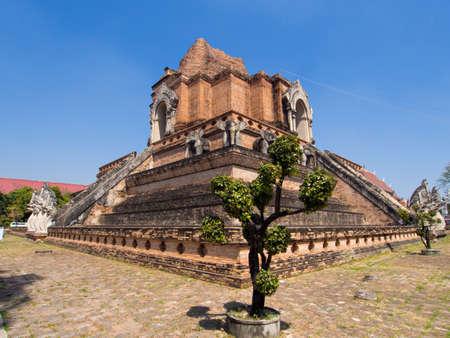 Tempel wat chedi luang