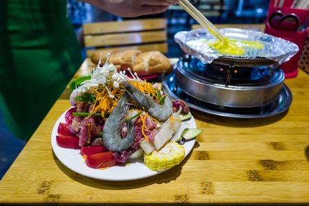 Seafood in Hanoi Bia Hoi corner in Vietnam Banco de Imagens