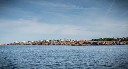 entrée du port de l'île d'Yeu vue de l'océan Atlantique