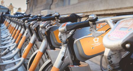 Montpellier, France - January 2, 2019: Velomagg bike sharing city bikes for rental in Montpellier. Bike sharing is a popular city transport Foto de archivo - 128464615