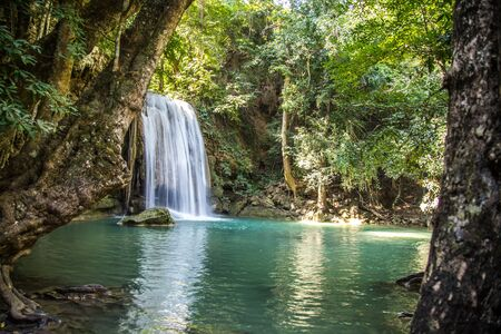 Erawan waterfall views in Kanchanaburi in Thailand 免版税图像