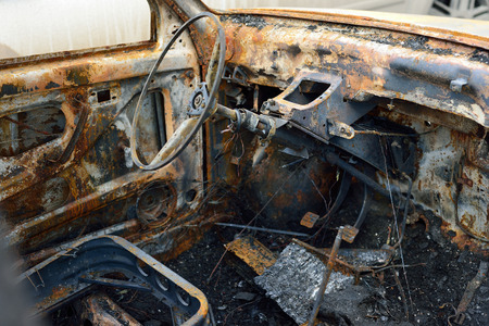 enmity: Salon of the burnt car, concept riots and terrorism