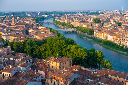 Verona. Image of Verona, Italy during summer sunrise. The famous tourist sight. Main observation deck. Banque d'images