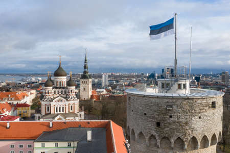 Pikk Hermann. Tower of the Toompea Castle in old Tallinn. Imagens - 157523117