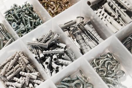 dowel: Box with Rawlplug  and screws