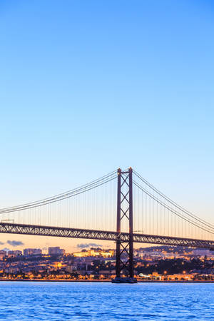 lisbonne: Lisbon cityscape and the  Bridge, Portugal