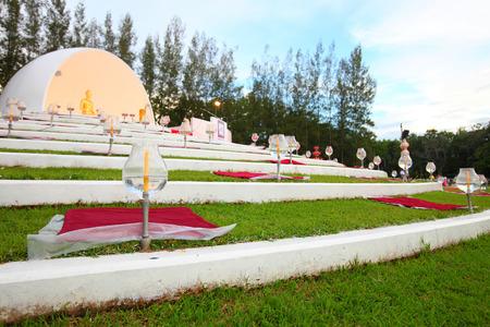 dhamma: Sitting Buddha Dhamma predicazione incontro in Thailandia. Archivio Fotografico