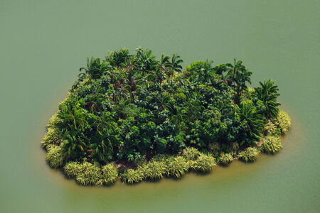 cairns: Island in the form of heart in Singapore.