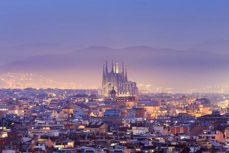 Crepúsculo superior de la vista de Barcelona, ??España.