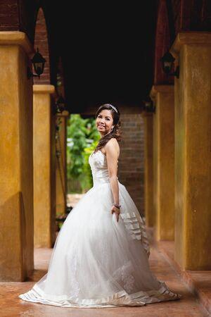 twentysomething: Beautiful bride wedding in the park