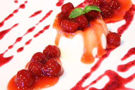pannacotta: Panna cotta with Raspberry Sauce , Italian dessert