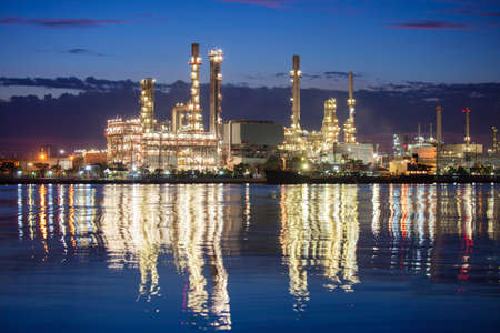 industria petroquimica: petroqu�mica escena nocturna industria