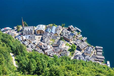 alpen: Top view of Hallstatt - beautiful Alpen village. Austria