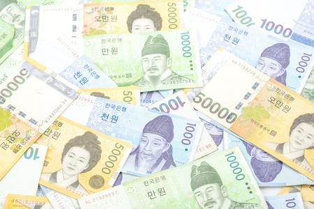 한국은 다른 가치, 한국 원화와 금융으로 돈을받습니다.