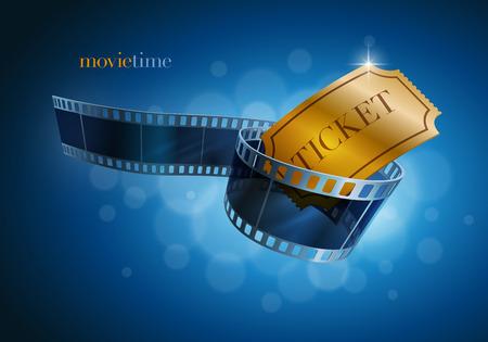 CINE: Tira de película de la cámara y el boleto de oro sobre fondo azul desenfoque
