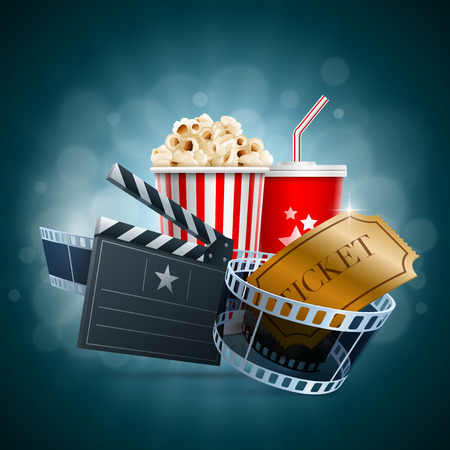 camara de cine: Caja de palomitas de ma�z, una taza desechable para bebidas con la paja, tira de pel�cula, boleto y tarjeta de chapaleta Vectores