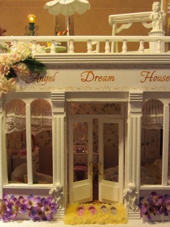 puppenhaus: Miniatur-Puppenhaus