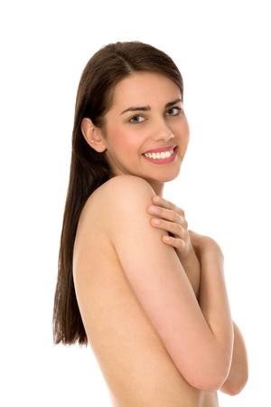 jeune fille adolescente nue: Femme nue couvrant seins