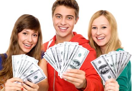 錢: 持有貨幣的年輕人