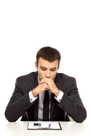 hombre preocupado: Empresario con cara de tristeza Foto de archivo