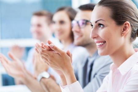 aplaudiendo: Negocios equipo aplaudiendo