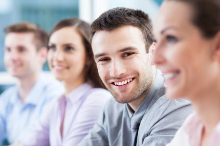 personas: Hombre de negocios con compa�eros de trabajo