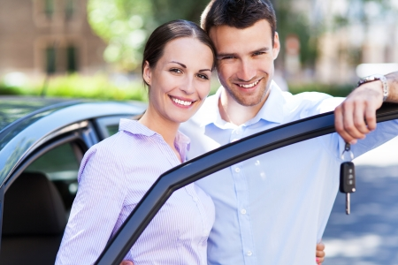 Couple with car keys Stock Photo - 21330829