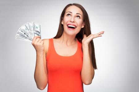 Vrouw met dollarbiljetten
