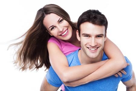 Man geeft vrouw meeliften rit Stockfoto