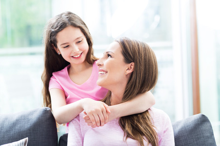 mother and daughter: madre e hija