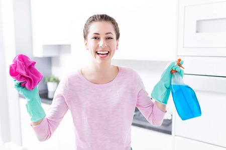 detersivi: pulizia della cucina