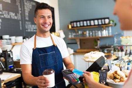 vendedor: cafetería