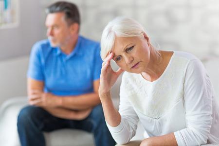 Mature Couple In Quarrel Banque d'images