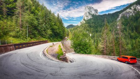 Amazing summer view of Bicaz CanyonCheile Bicazului. Canyon is one of the most spectacular roads in Romania. Impressive  scene of Neamt County, Romania,Carpathian Mountains, Europe 스톡 콘텐츠