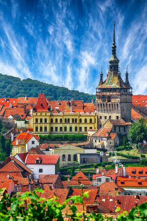 Panoramic summer view over the medieval cityscape architecture in Sighisoara town, historical region of Transylvania, Romania, Europe Foto de archivo