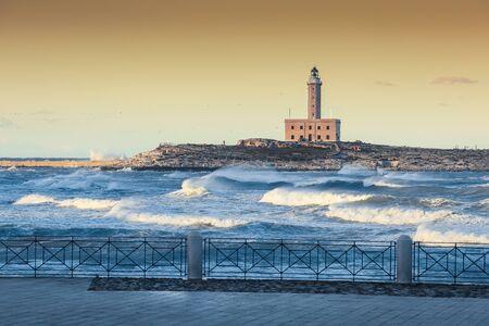 The Lighthouse of Vieste, rises on the isle of Santa Eufemia. Lighthouse In Vieste, Gargano Peninsula, Apulia region, Italy, Europe Stockfoto - 132019620