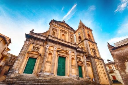 Panorama of Duomo di Santa Maria Assunta in Mountain village Novara di Sicilia, Sicily, Italy Zdjęcie Seryjne