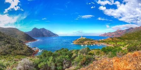 Girolata bay in natural reserve of Scandola. It cannot be reached by car, only by walking or boats . Location: Gulf of Girolata, Corse du Sud, Corsica, France, Europe Standard-Bild