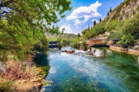 Dervish monastery or tekke at the Buna River spring in the town of Blagaj. Location: Blagaj, Mostar basin, Herzegovina-Neretva Canton, Bosnia and Herzegovina, Europe 版權商用圖片