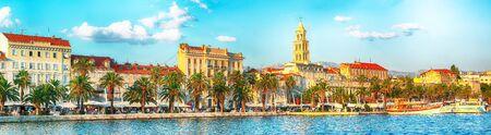 Amazing view of the promenade the Old Town of Split with the Palace of Diocletian and marina.  Location:  Split, Dalmatia, Croatia, EuropeLocation:  Makarska riviera, Dalmatia, Croatia, Europe Stock Photo