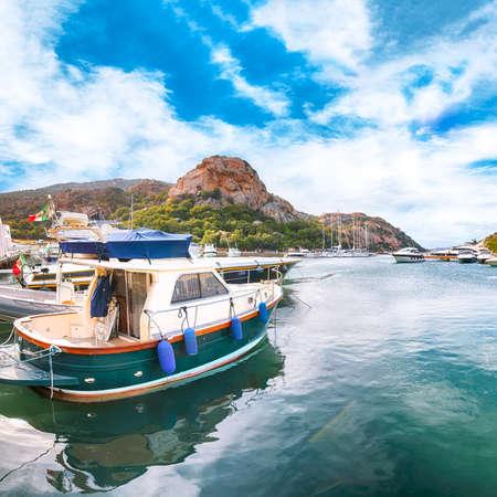 Splendid view of Poltu Quatu port and bay with luxury yachts on Costa Smeralda. Popular travel destination of Mediterranean sea. Location: Poltu Quatu, Province of Sassari, Sardinia, Italy, Europe 免版税图像