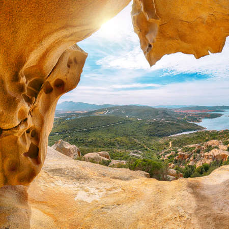 Fabulous view on Palau from popular travel destination Bear Rock (Roccia dell'Orso). Location: Palau, Province of Olbia-Tempio, Sardinia, Italy, Europe 免版税图像