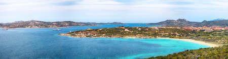 Astonishing view of La Sciumara beach in Palau. Picturesque seascape of Mediterranean sea. Location: Palau, Province of Olbia-Tempio, Sardinia, Italy, Europe 免版税图像