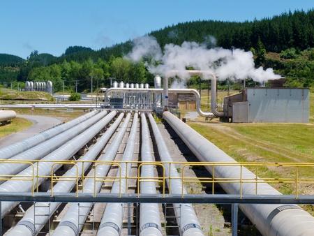 Wairakei Geothermie zur Erzeugung elektrischer Energie Station in der Taupo Volcanic Zone in Neuseeland Standard-Bild - 13590158