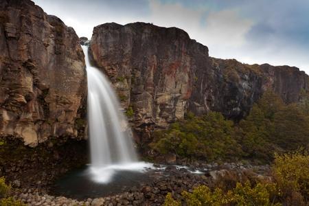 tongariro national park: Water from volcano Mt Ruapehu on old lava flow forms Taranaki Falls in Tongariro National Park, New Zealand Stock Photo